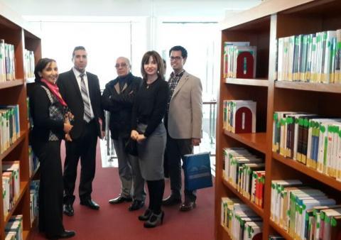 visita-a-la-biblioteca-con-el-director-general-driss-kherrouz